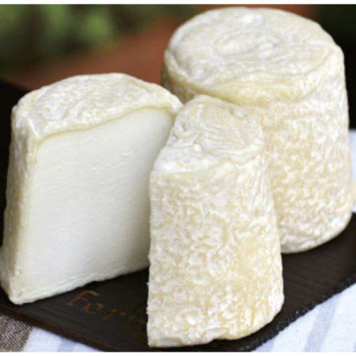農家製シェーブル・チーズCHABICHOU DU POITOU が明日5/8(金)発売します。